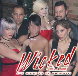 wicked_sexysanta_56